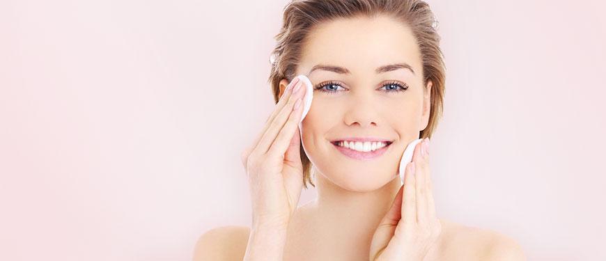 Премахване на акнето с помощта на козметик